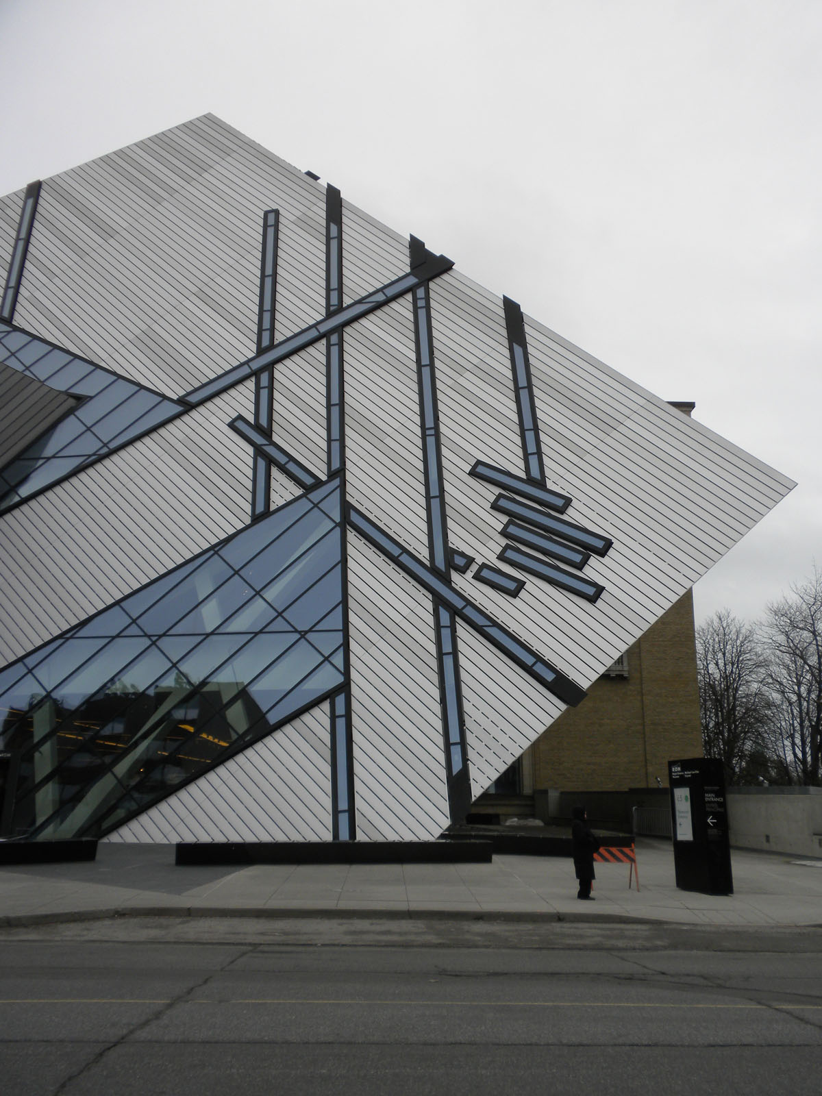 """I started my tour of cultural institutions with a visit to the <a href=""""http://www.rom.on.ca/"""">Royal Ontario Museum</a>, more commonly known in Toronto as the ROM. The new Michael Lee-Chin Crystal was designed by <a href=""""http://www.daniel-libeskind.com/"""""""