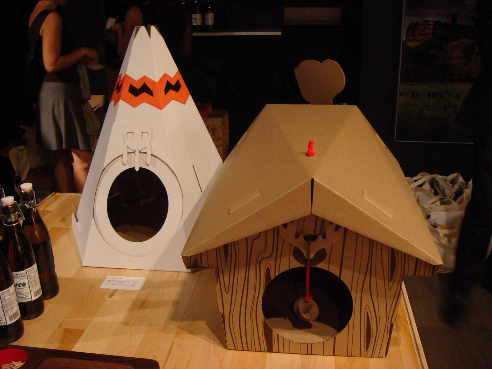 """Designed by recent University de Montreal grads <a href=""""http://www.loyalluxe.com"""">Maud Beauchamp and Marie-Pier Guilmain</a>, these cutesy cardboard pet houses reflect the notion that pet products should be better designed and more refined than what's ty"""