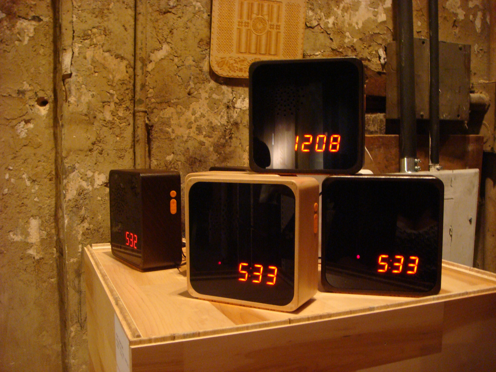 """<a href=""""http://www.furnicreations.com/"""">Furni Creations</a> is known for minimalist design balanced by a nod to the past. Case in point: the Alba alarm clock."""