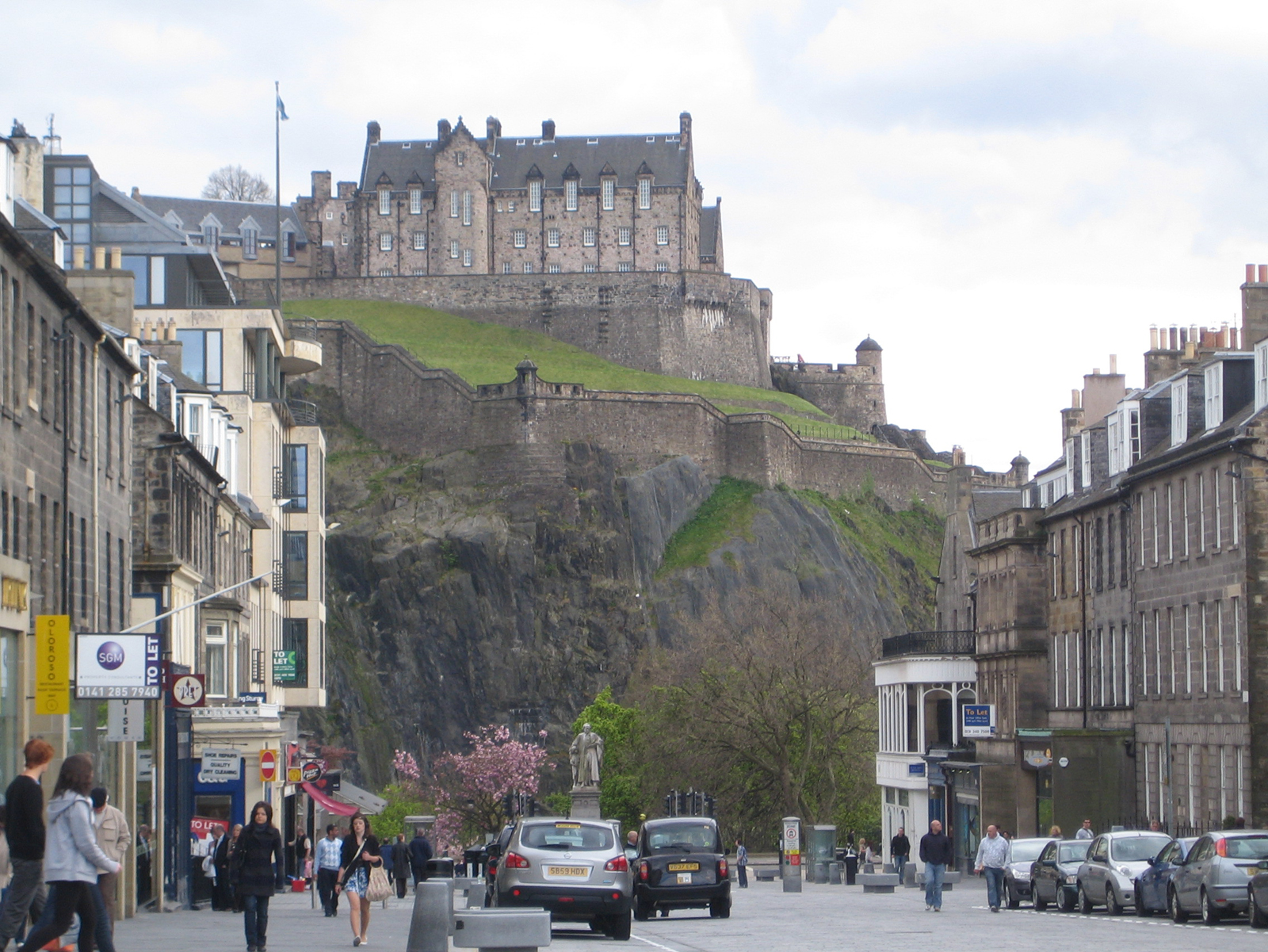 The famed Edinburgh Castle is in the middle of town at the head of the Royal Mile. Here it is viewed from Castle Street from the north. It's on a massive mound that has served as such a perfect natural high ground that the castle has never been taken by f
