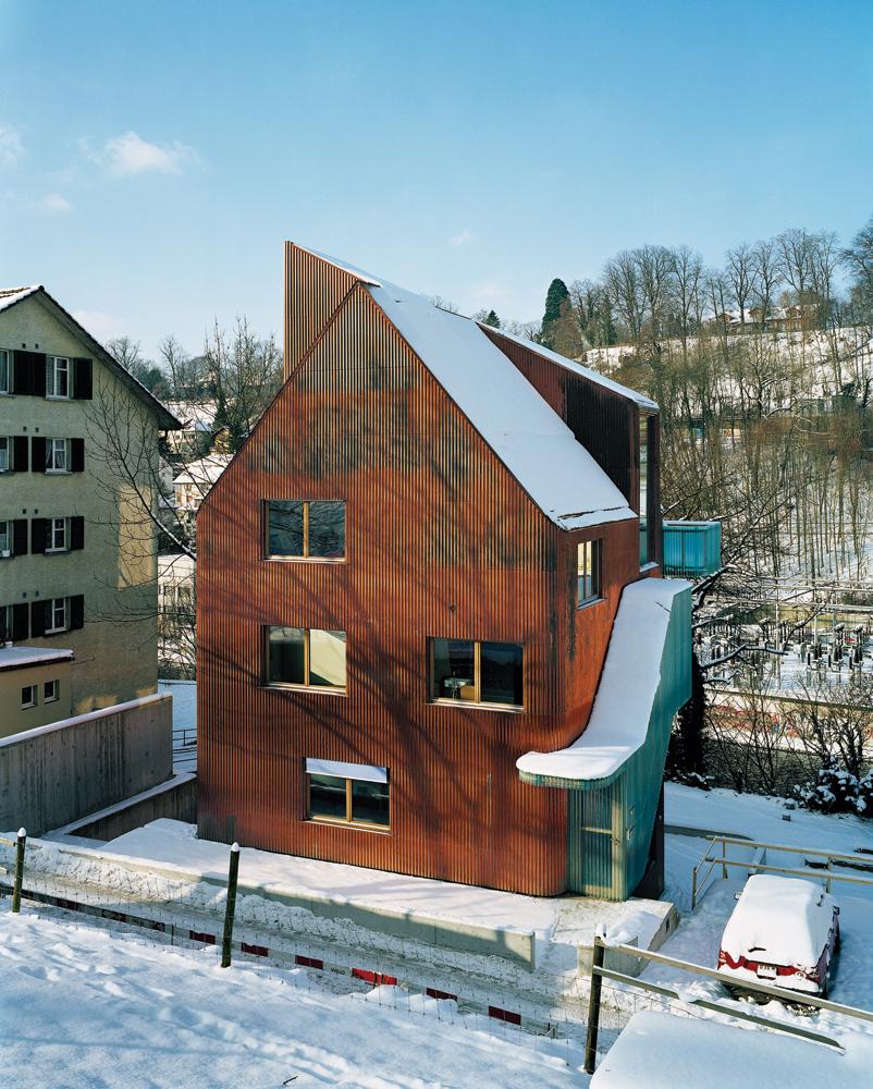 New Modern House Farraday1