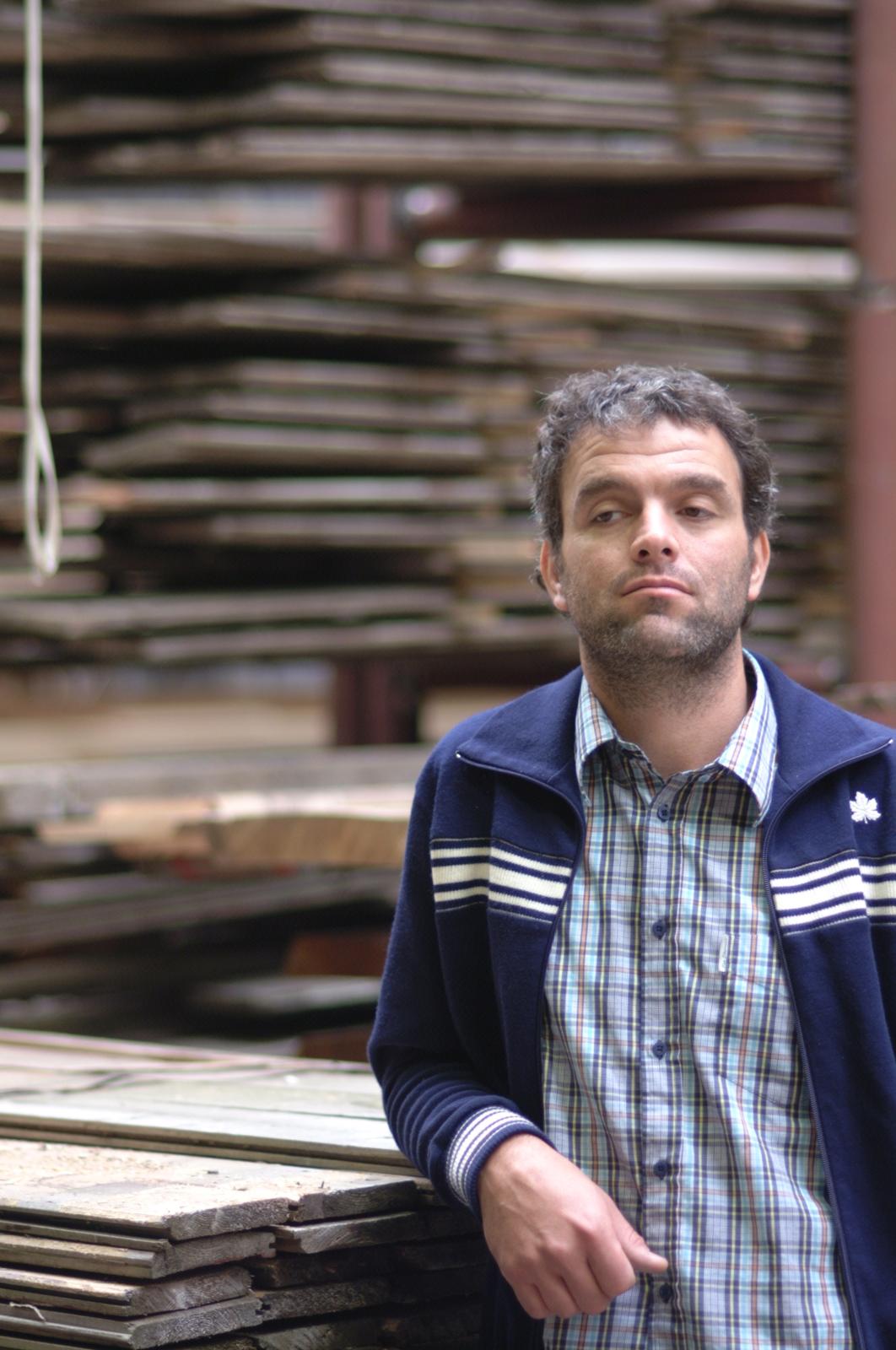 Piet Hein Eek posing with his scraps