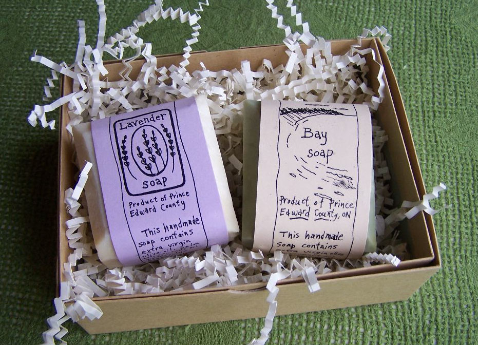 Bars cost $6 each, $6 for a bundle of mini bars, or $11 for a gift box of two bars. Woodyard will even create custom wrappers with corporate or personalize logos (read: wedding favors!).