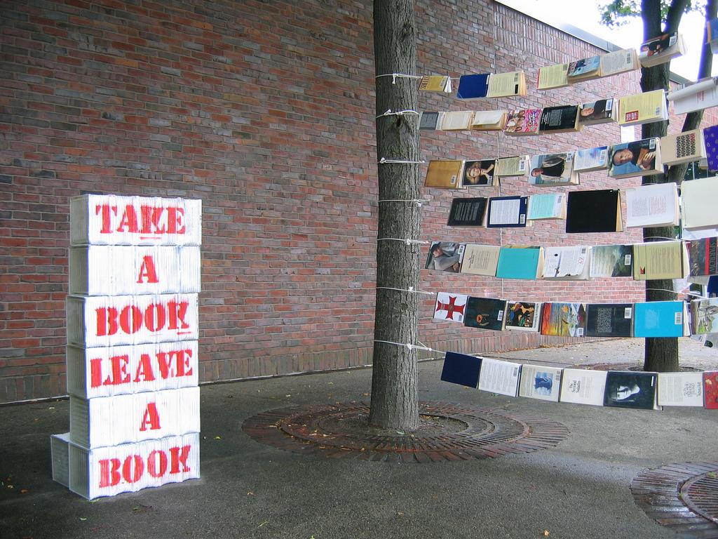 commonbos books