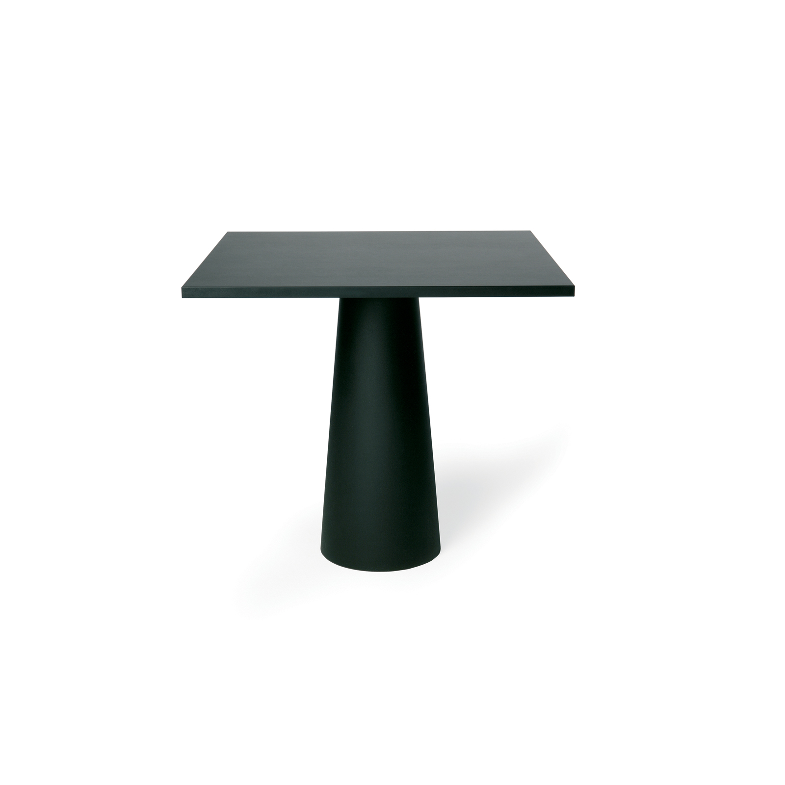 Whether you're planning an intimate tete-a-tete with a friend or just trying to sit down to a civilzed meal in a cramped space, sometimes you need a tinier table. Rather than tempting fate by balancing that hot udon on your lap, take a gander at our round