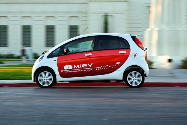 "Mitsubishi's Euro-style i-MiEV (Innovative Mitsubishi Electric Vehicle) ""shares what Mitsubishi's new 'I' electric car will be bringing to American buyers soon,"" says Cogan."