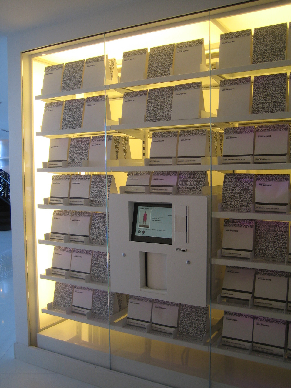 miami vending machine mondrian
