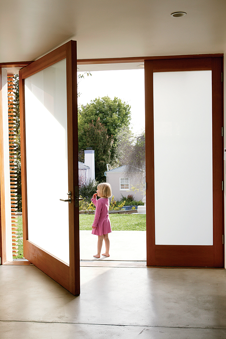 minarc house entry door portrait1
