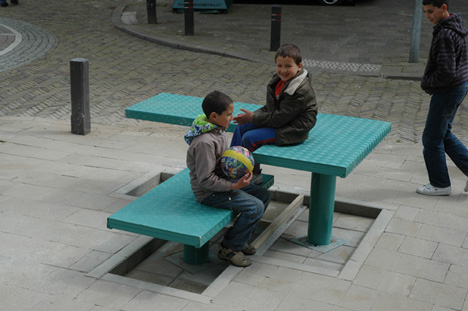 popup benches