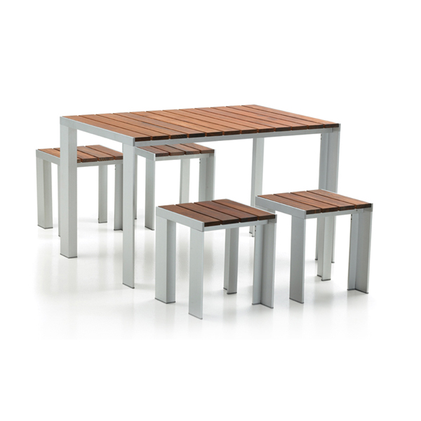 The Deneb table, designed in 1988, has an aluminum frame and teak slats.