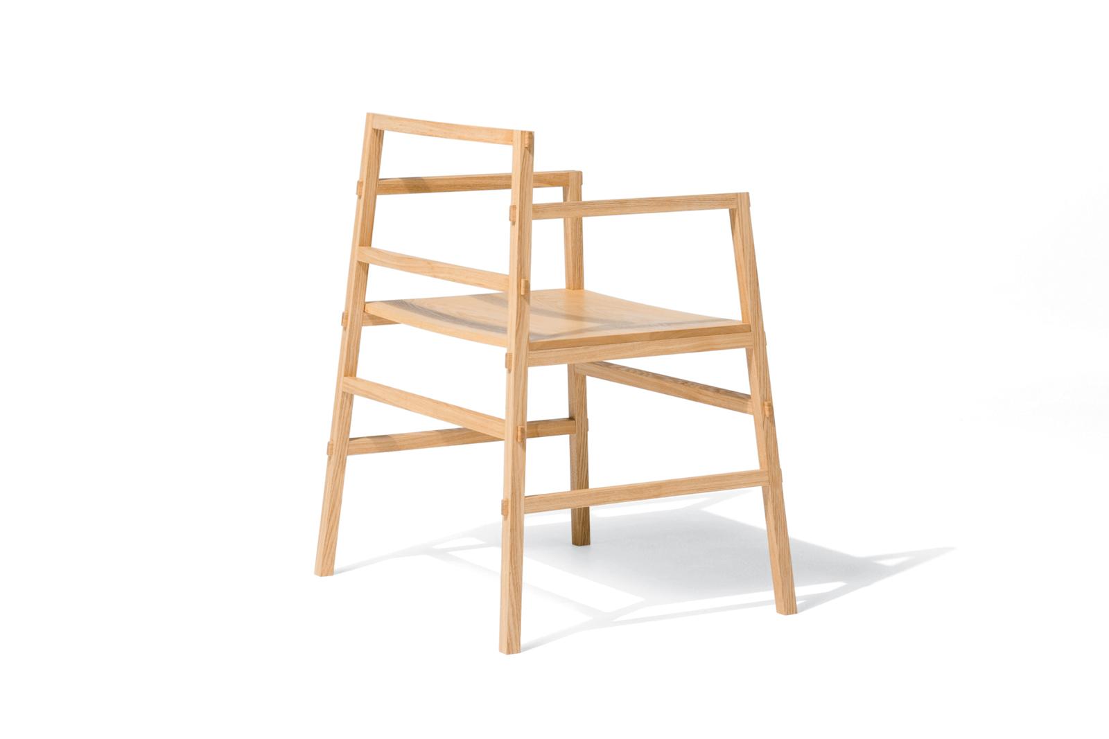 wooden Tenon chair by Yota Kakuda