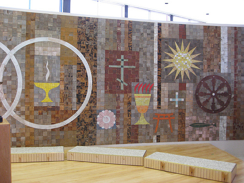 """A mural created by Alexander Girard for The First Unitarian Church in Albuquerque, New Mexico. Image courtesy Flicker user <a href=""""http://www.flickr.com/photos/paulinacha"""">Paulinacha</a>."""
