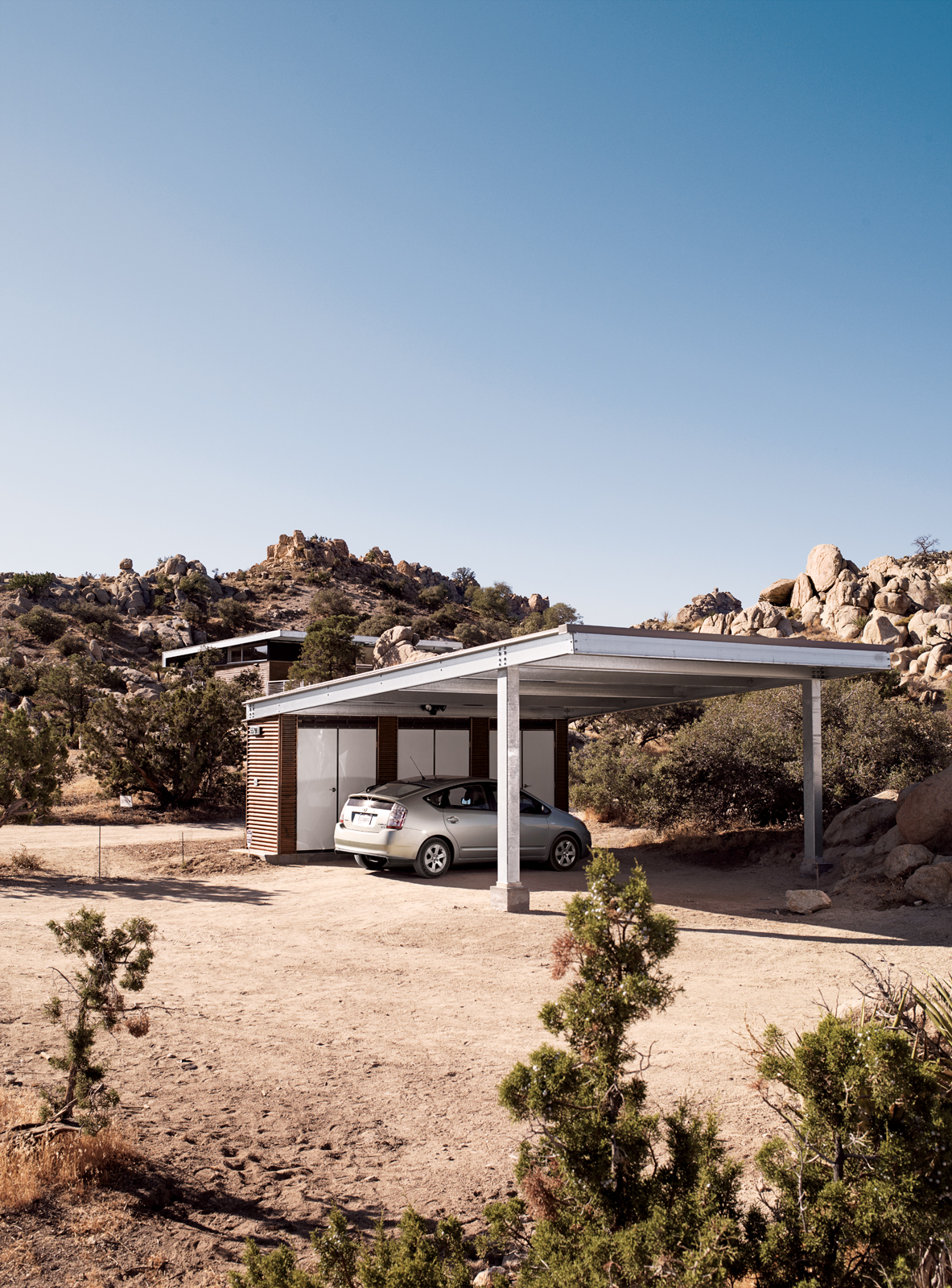 Modern carport near Palm Springs, California