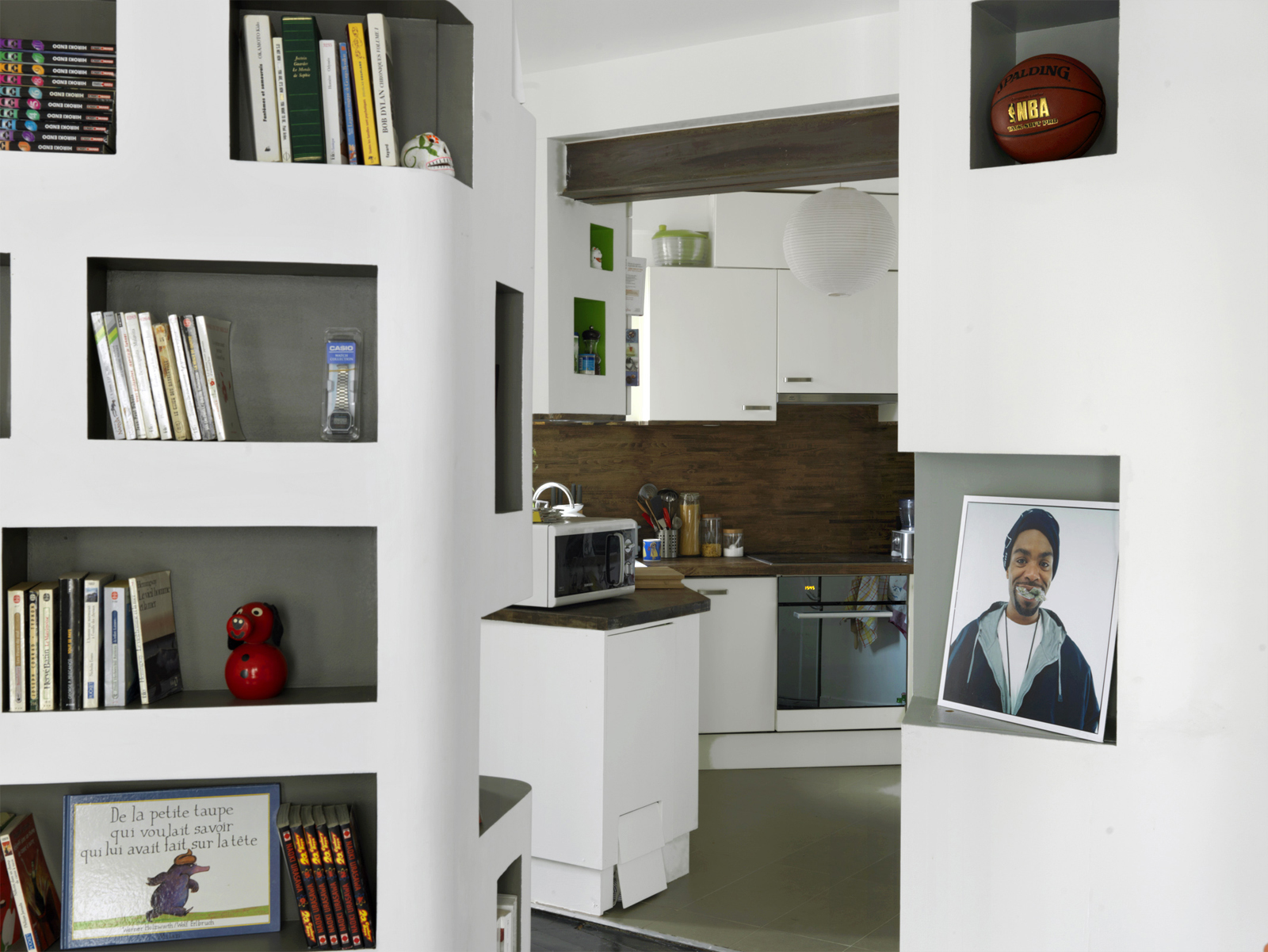 Front and back apartment shelves kitchen
