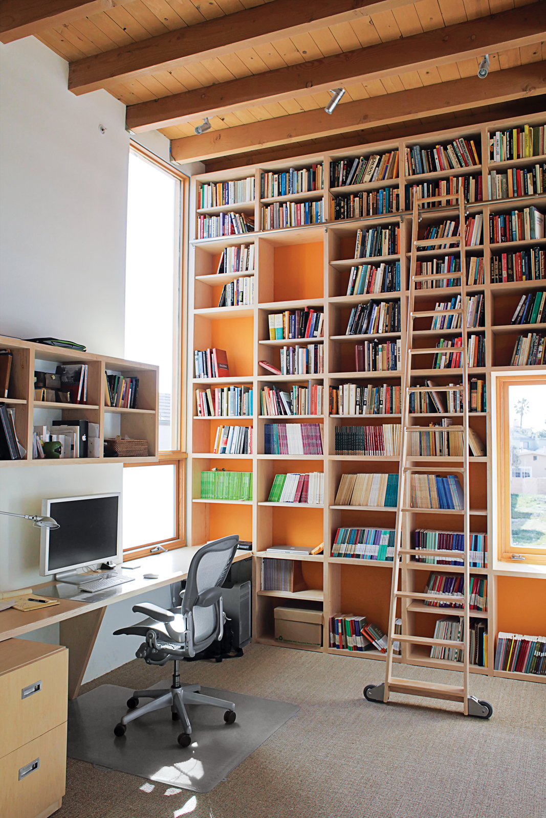 Dan Garness used paint and well-placed windows to keep Duane's office bright and airy.
