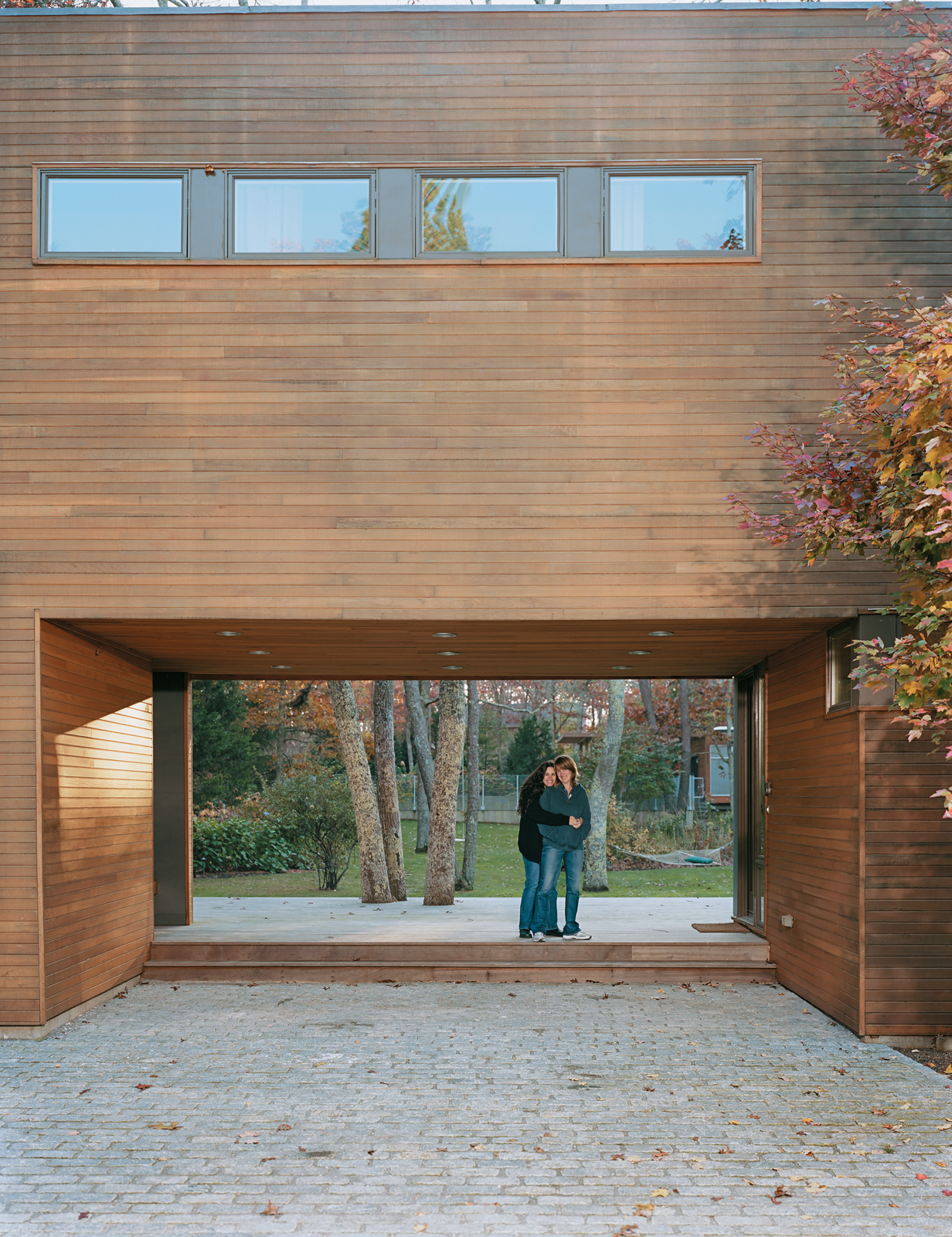 Modern breezeway in East Hampton, New York