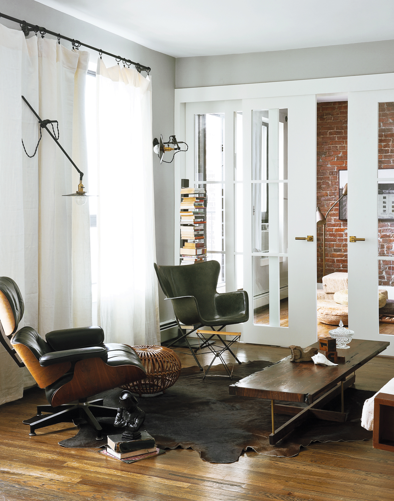 Minimalist living room with Eames lounge chair
