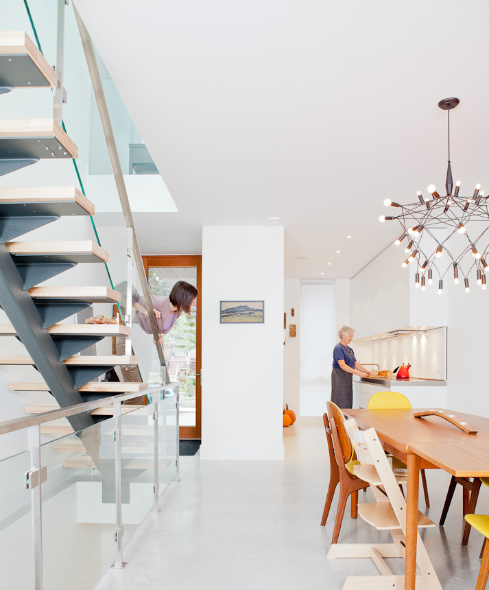 Interior of a modern house in Toronto designed by Julia Knezic