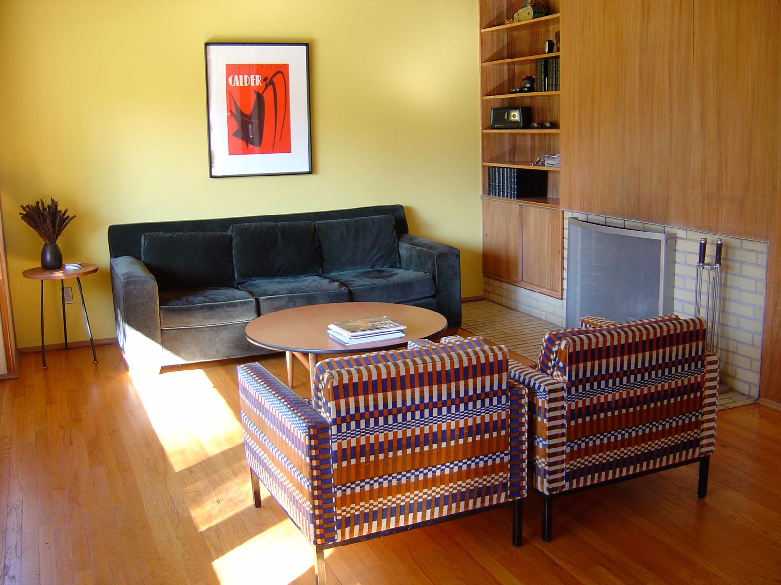 Living room of a modern house designed by Close Associates