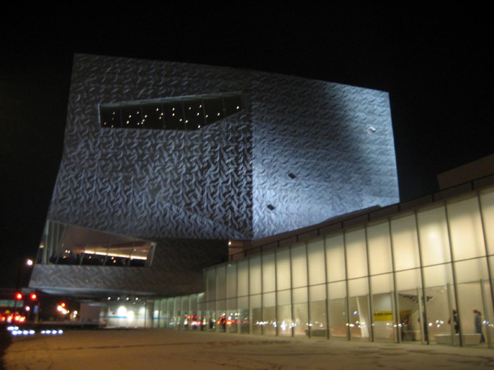 The Walker Art Center opened in 1971 in Minneapolis, Minnesota.