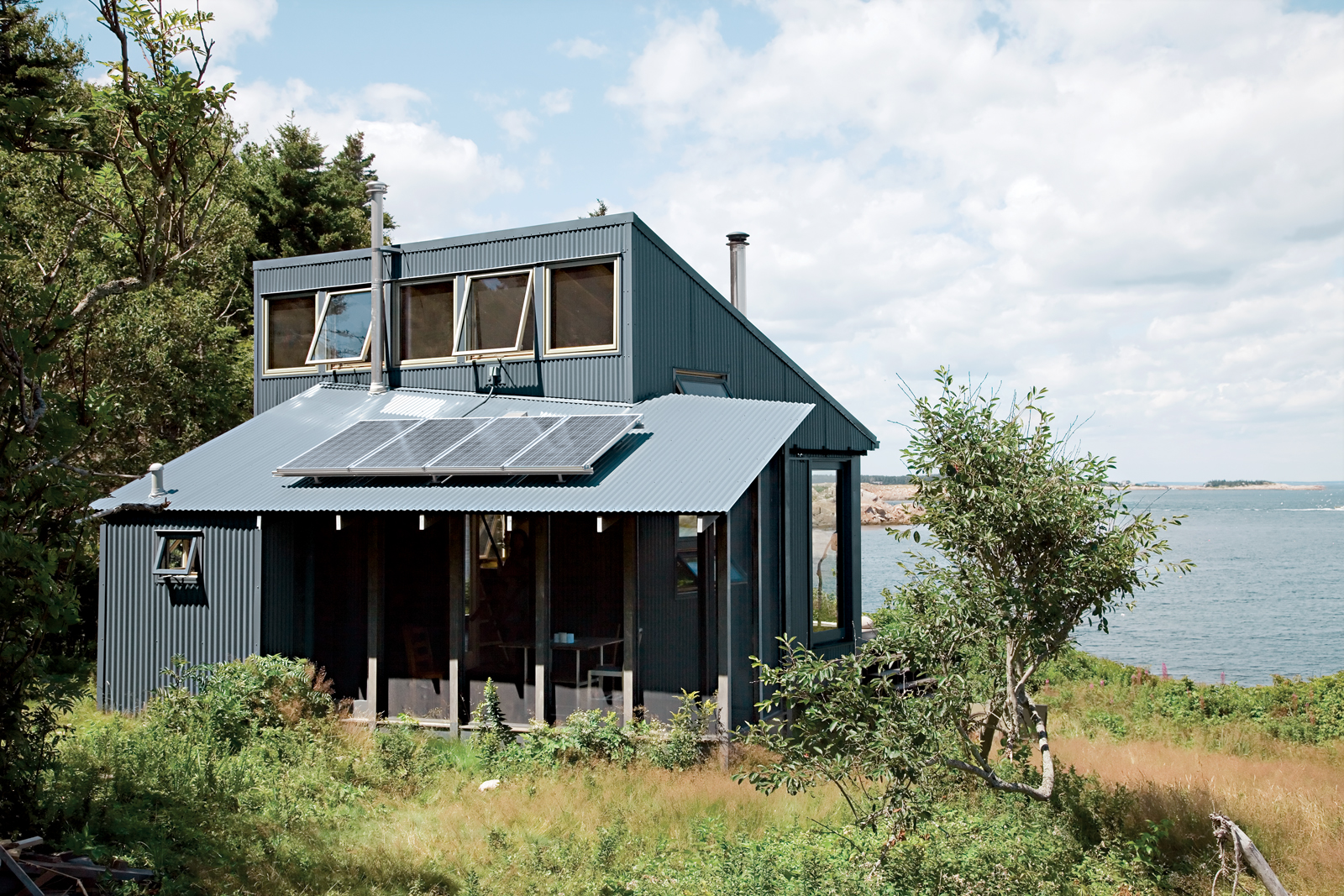 Corrugated aluminum screen porch