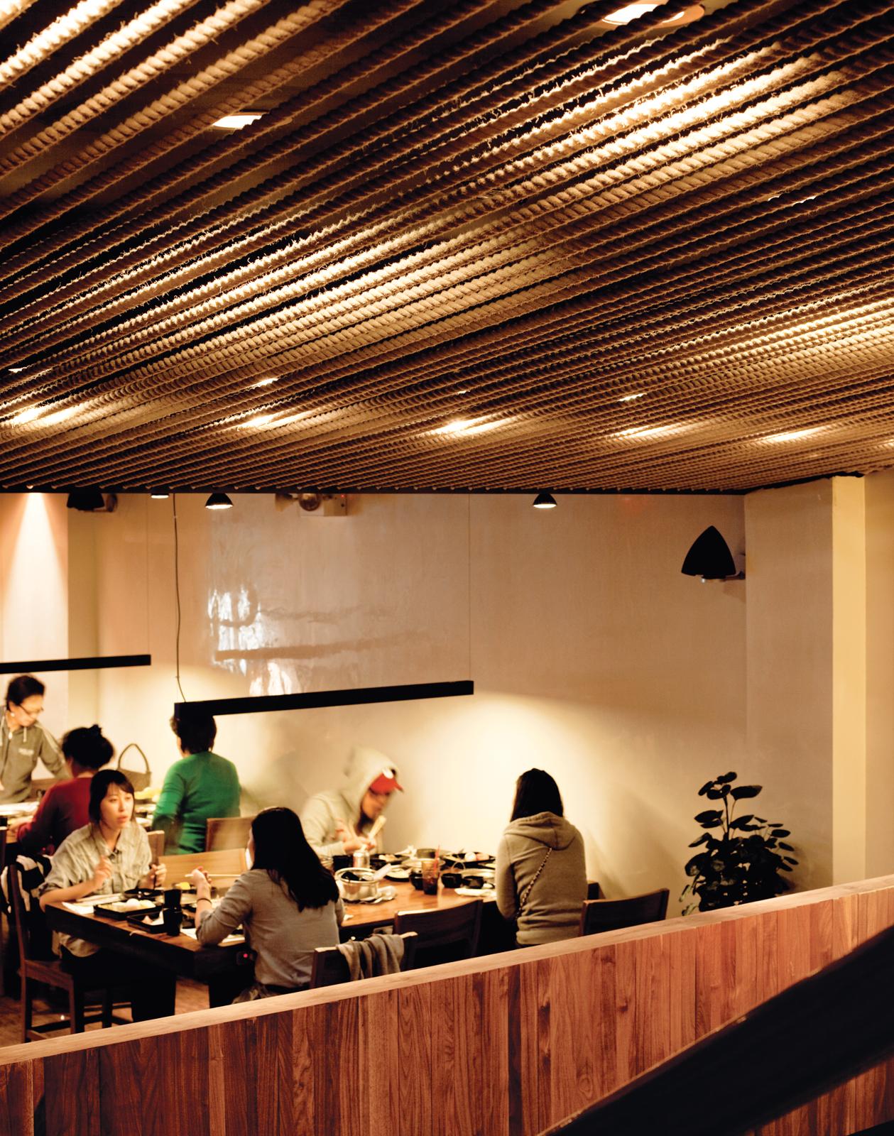 Minnis Shabu Shabu restaurant in Flushing, New York