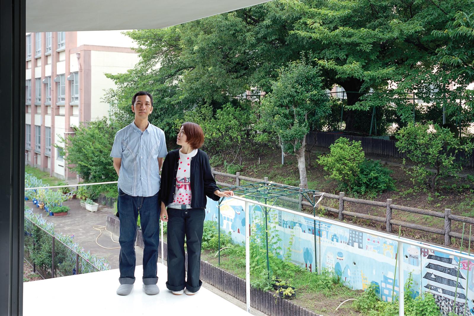 Takuya and Yurika Ninomiya on their bedroom balcony
