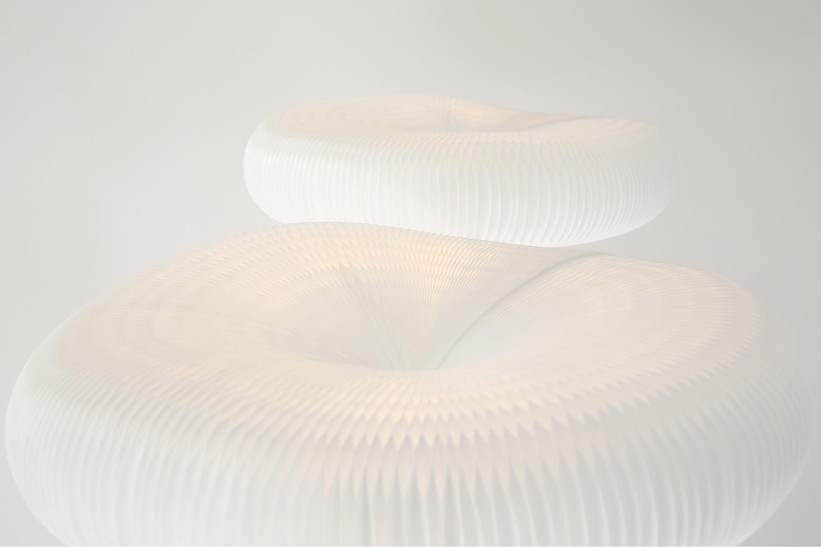molo lamp detail