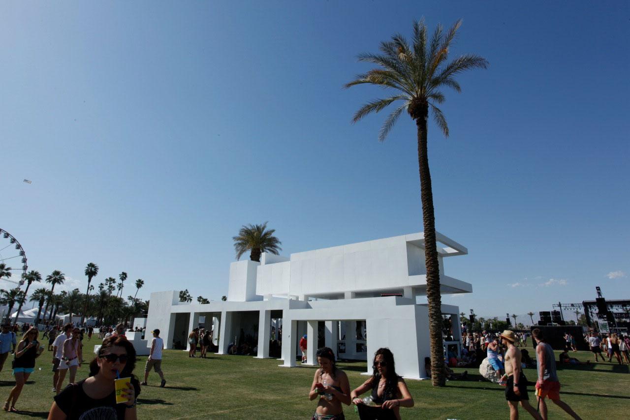 coachella modern structure day