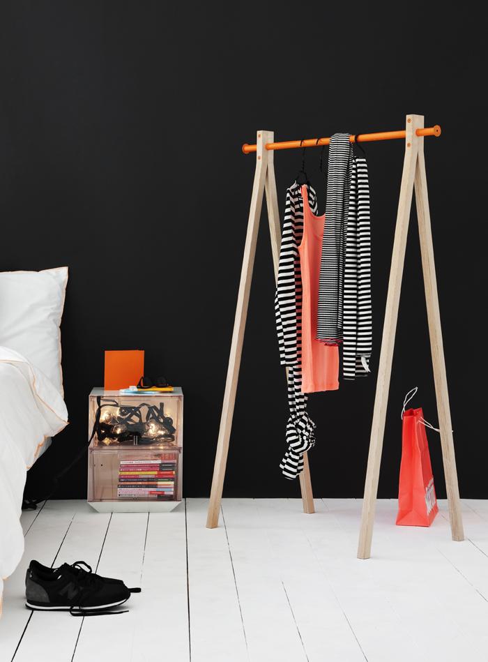 Nordic design company Nomess Copenhagen's simple yet effective clothes rack called Dress-Up