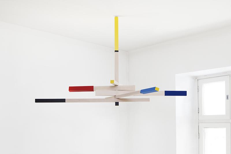 Viikari turning mobile ceiling light by Mari Isopahkala