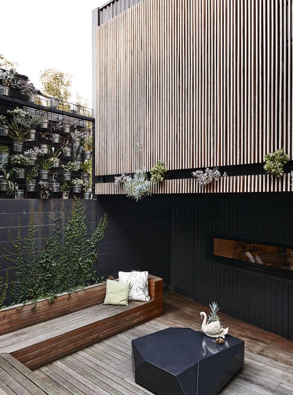 courtyard in modern australian home