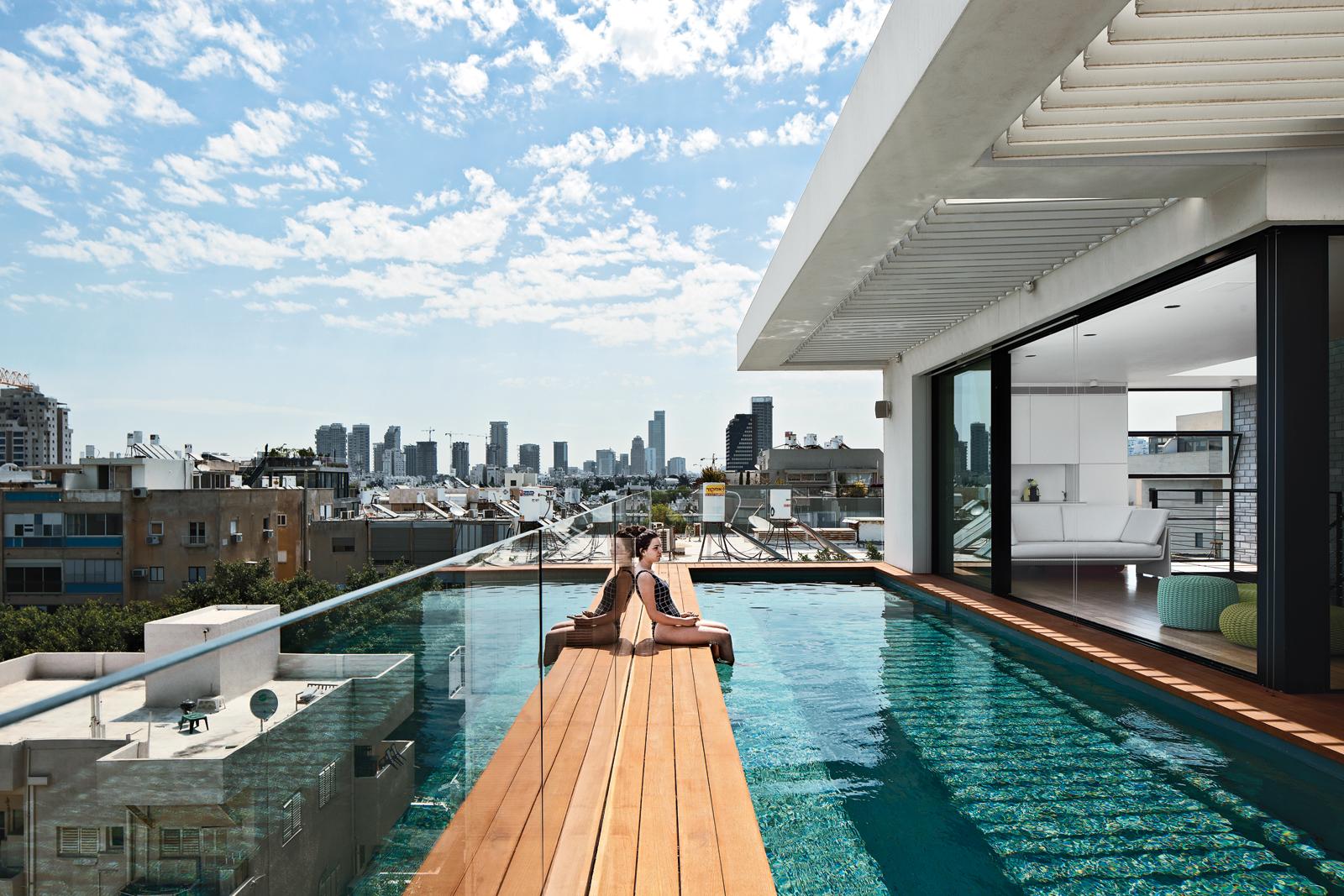 hai life outdoor pool