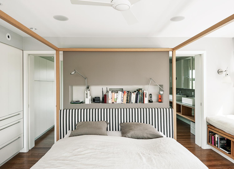 Alcova bed by B&B Italia, Fishers Island, New York