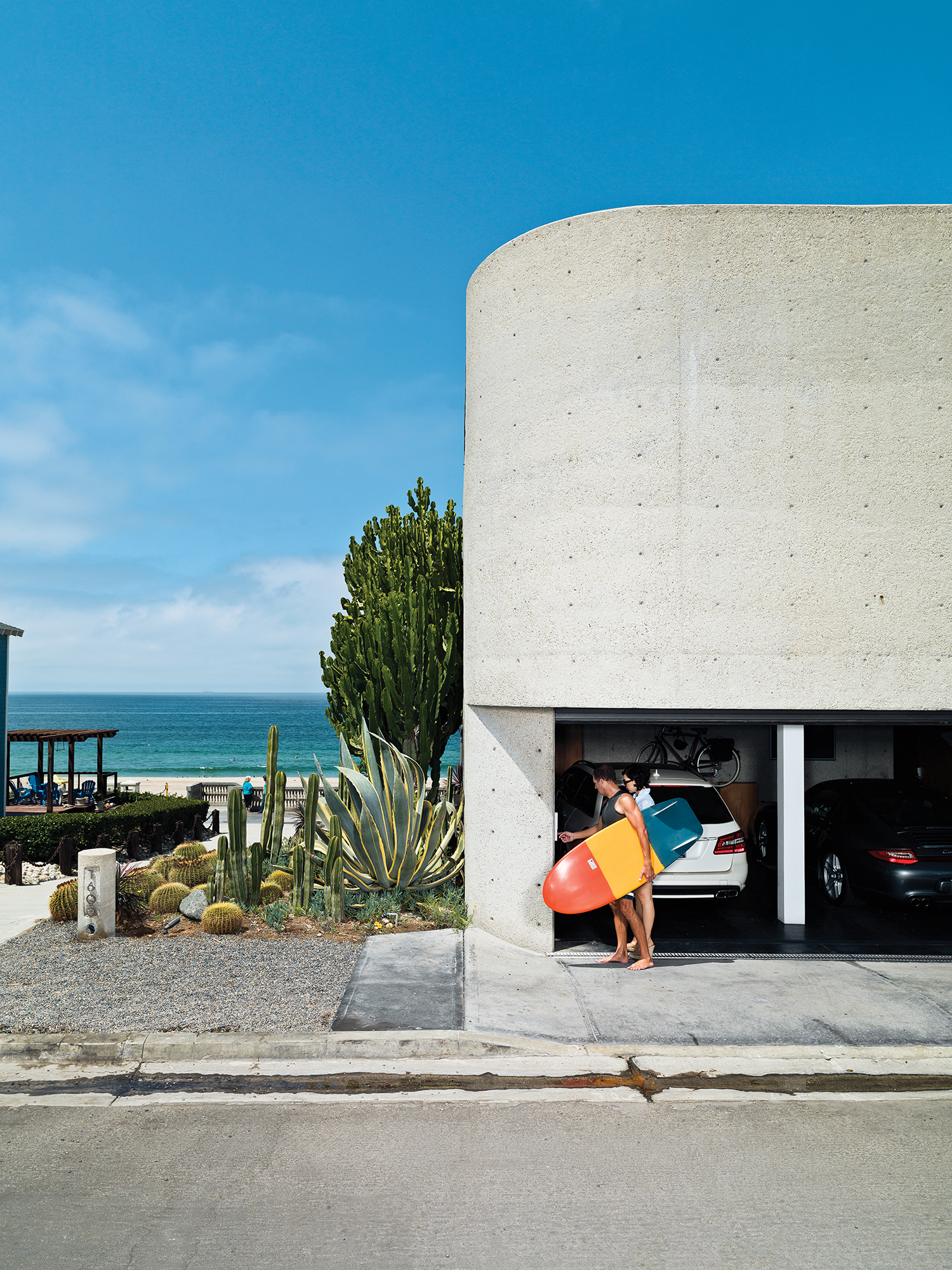 renovated Ray Kappe bungalow in Manhattan Beach