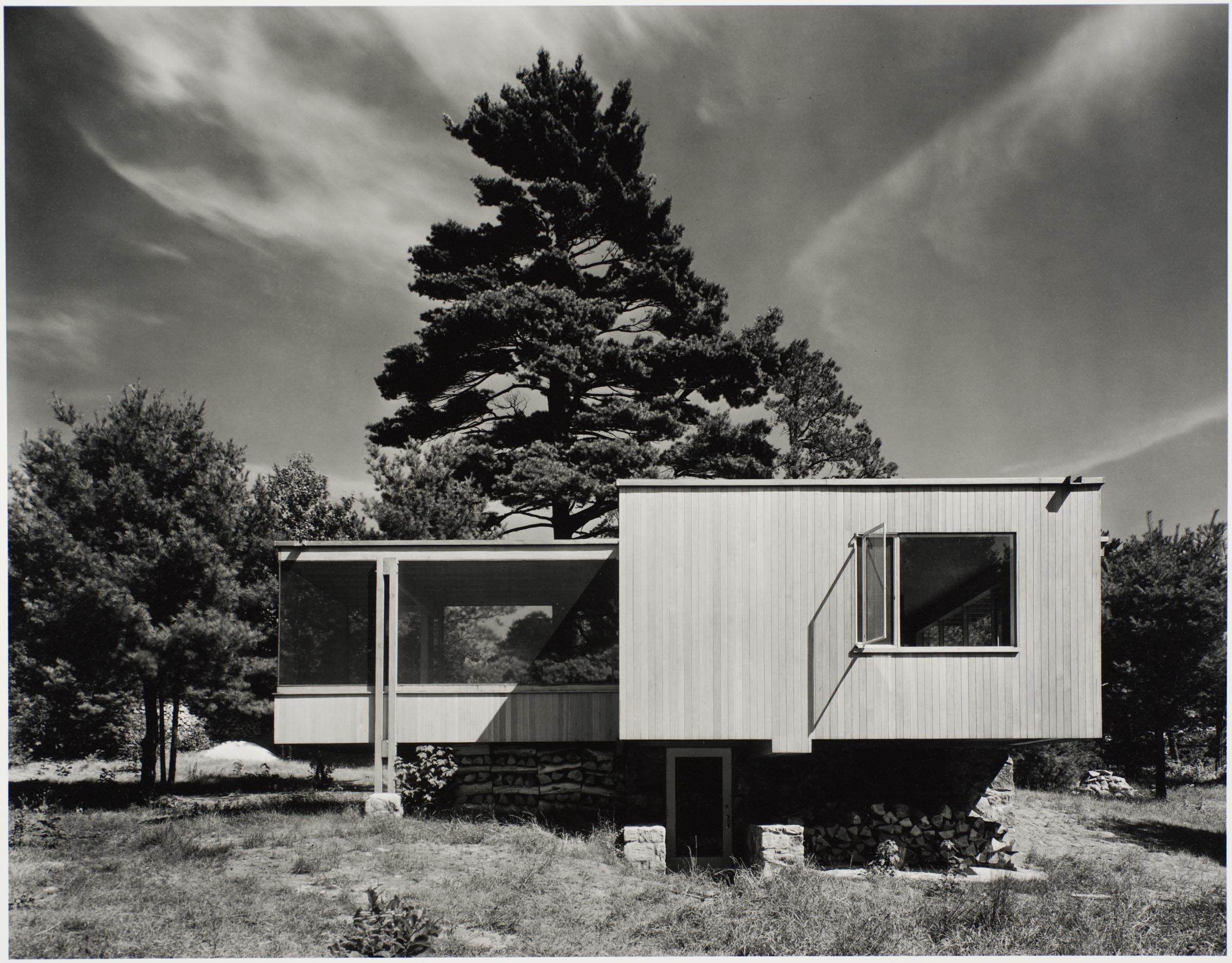 Chaimberlain Cottage by Marcel Bruer, photographed by Ezra Stoller