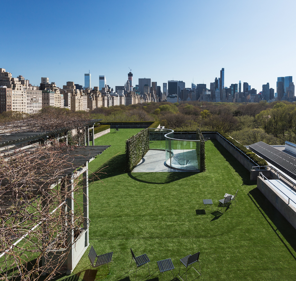 metropolitan museum rooftop dan graham glass pavilion new york skyline