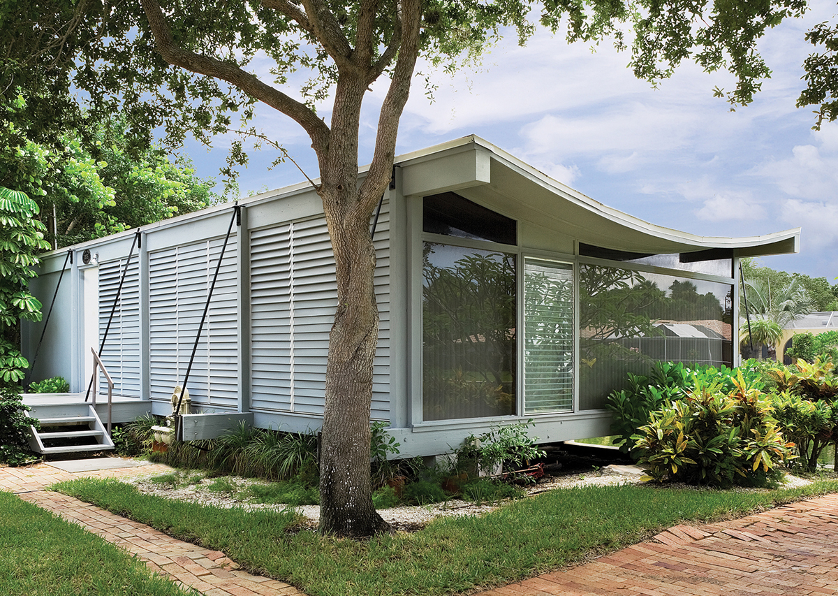 Sarasota modern home by Paul Rudolph with sweeping roof