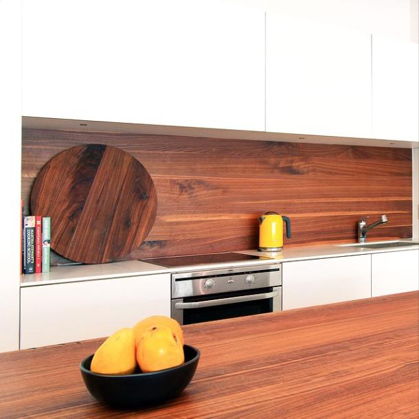 Minimal wood kitchen