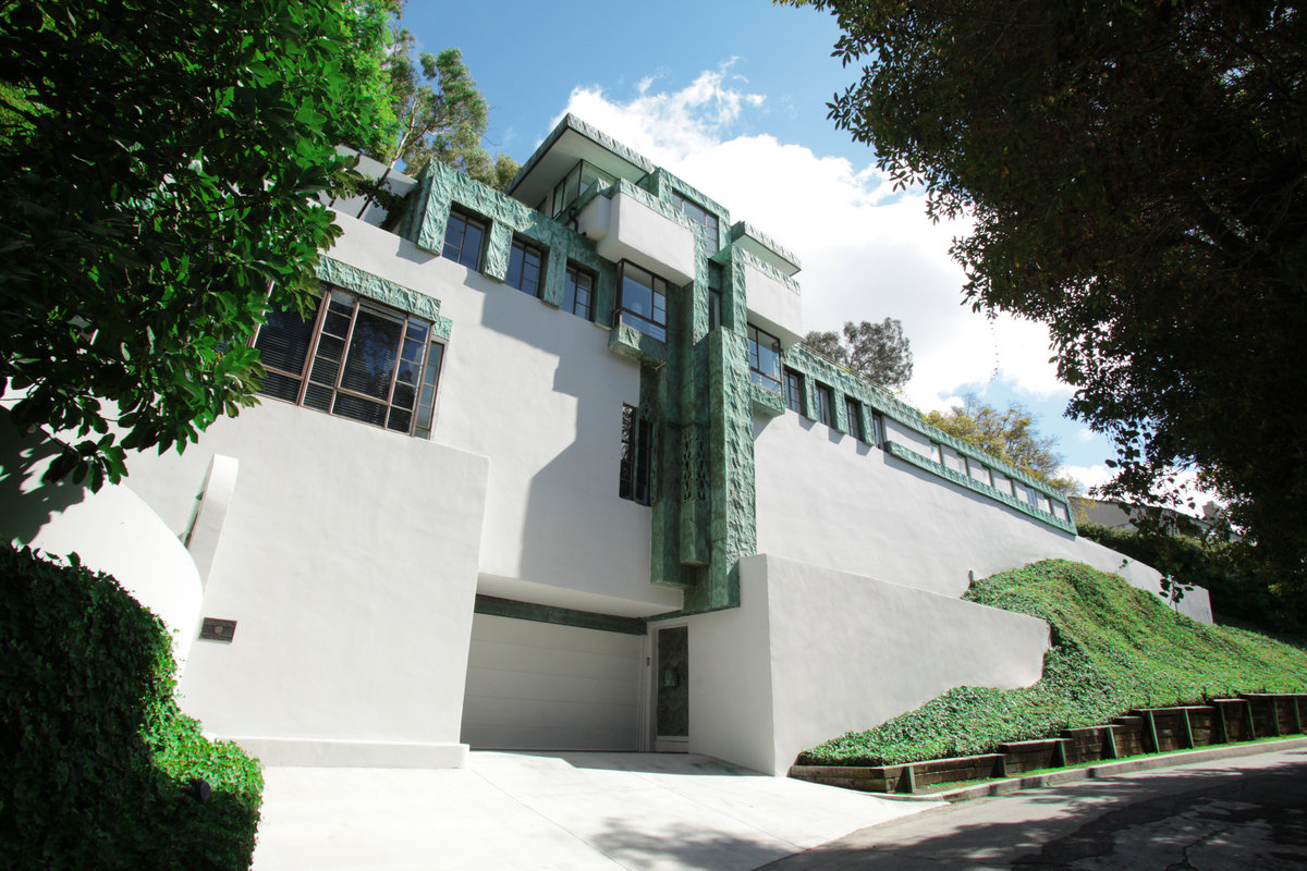 Samuel-Novarro House by Frank Lloyd Wright in Los Angeles