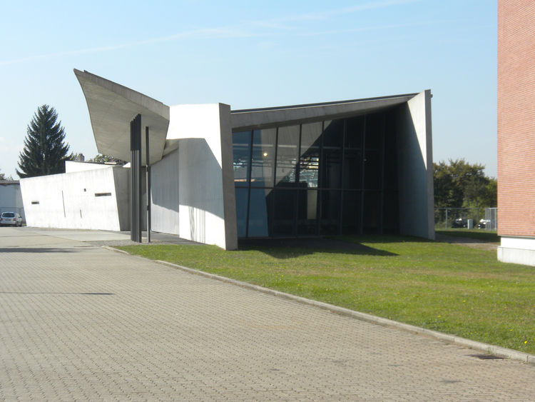 You'd never guess by looking at it but Hadid's 1993 Fire Station for Vitra was in fact designed to be a working fire station. Vitra had experienced a devastating factory fire in 1980s in which half of the halls burned down and production came to a complet
