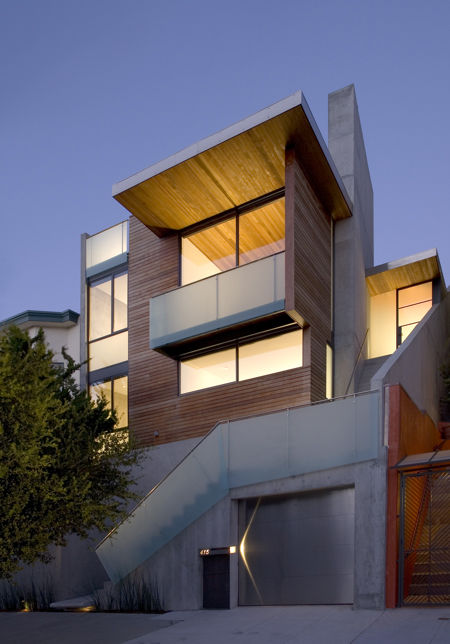 """The Diamond Project in San Francisco, California, designed by Terry & Terry Architecture, was awarded an AIA 2010 One- and Two-Family Custom Housing prize for """"outstanding designs for custom and remodeled homes for specific client(s)."""""""