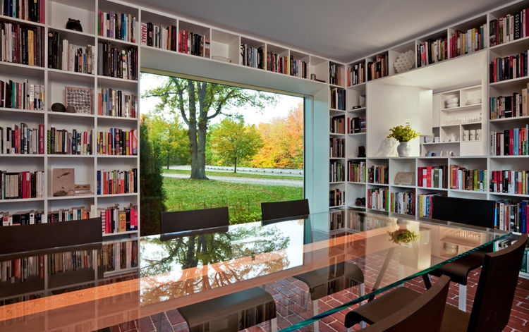 """The T42 House in Minneapolis, Minnesota, designed by VJAA, was awarded an AIA 2010 One- and Two-Family Custom Housing prize for """"outstanding designs for custom and remodeled homes for specific client(s)."""""""