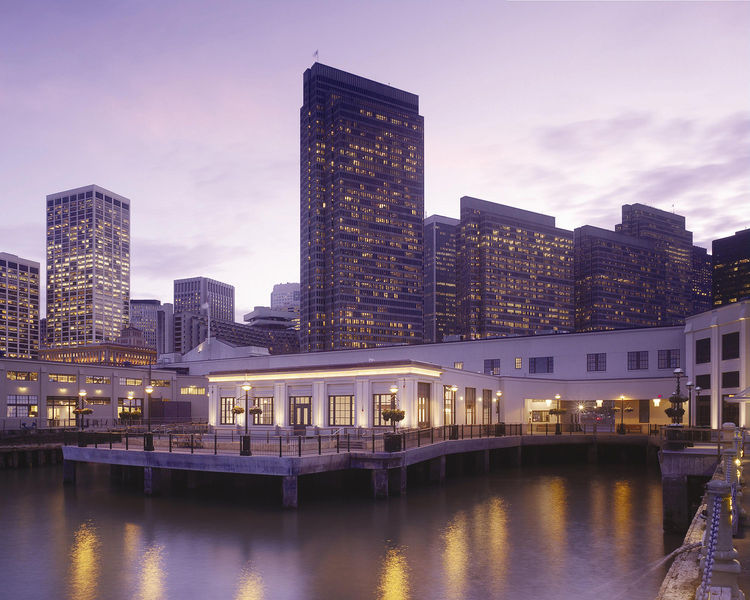 "Project: The Piers<p></p>Location: San Francisco, California<p></p>Developer: San Francisco Waterfront Partners<p></p>2010 ULI Award for Excellence: The Americas nomination: ""One of the largest surviving pier complexes in San Francisco, the meticulously r"