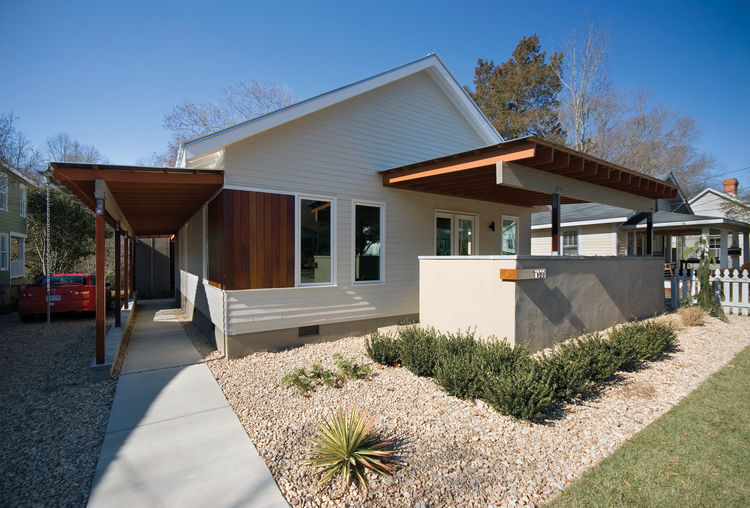 "The Barker residence in Raleigh, North Carolina is designed by <a href=""http://www.vstudio3.com/"">Vernacular Studio</a>. Located in the Five Points neighborhood near downtown Raleigh, North Carolina, this addition and renovation provides a unique response"