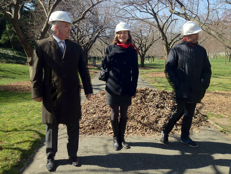 Weiss/Manfredi co-founder Marion Weiss, center, with Brooklyn Botanic Garden president Scot Medbury at left. Partner Michael Manfredi and project manager Armando Petruccelli not pictured.