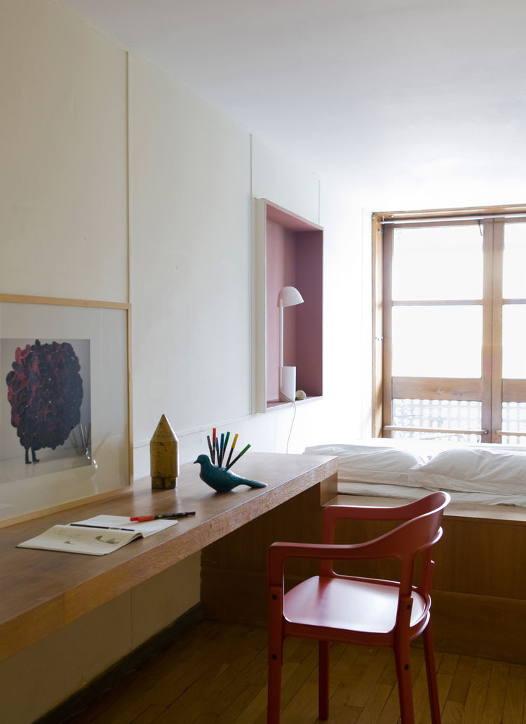 Appartement 50 Installation, 2010. Exhibition at Le Corbusier's Cité Radieuse, Marseille, France