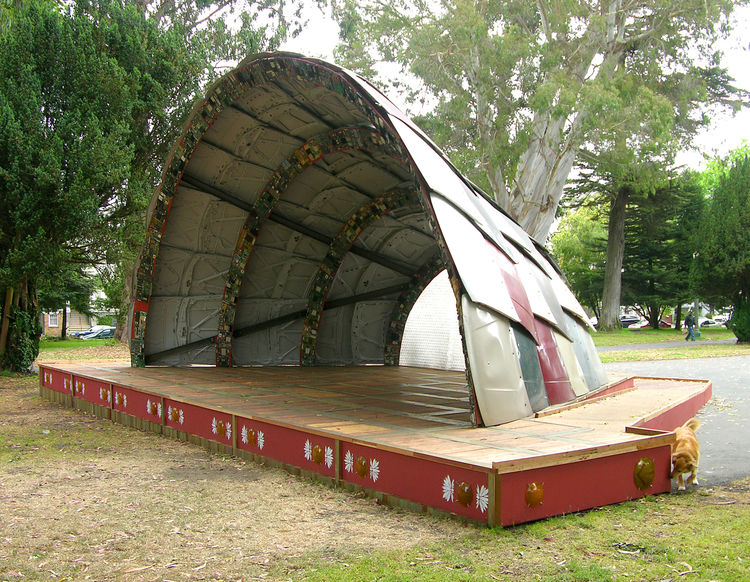 An interior view of the bandshell in situ, parked in front of Golden Gate Park, on the Panhandle.
