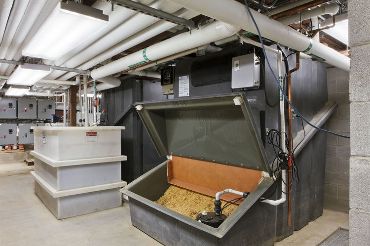 "The building has no sewage connection but instead relies on an advanced composting system.s<br /><br /><br /><br />Photo by <a href=""http://www.bdphotography.com"">Bilyana Dimitrova</a>, Courtesy of the <a href=""http://thebeaconinstitute.org"">Beacon Instit"