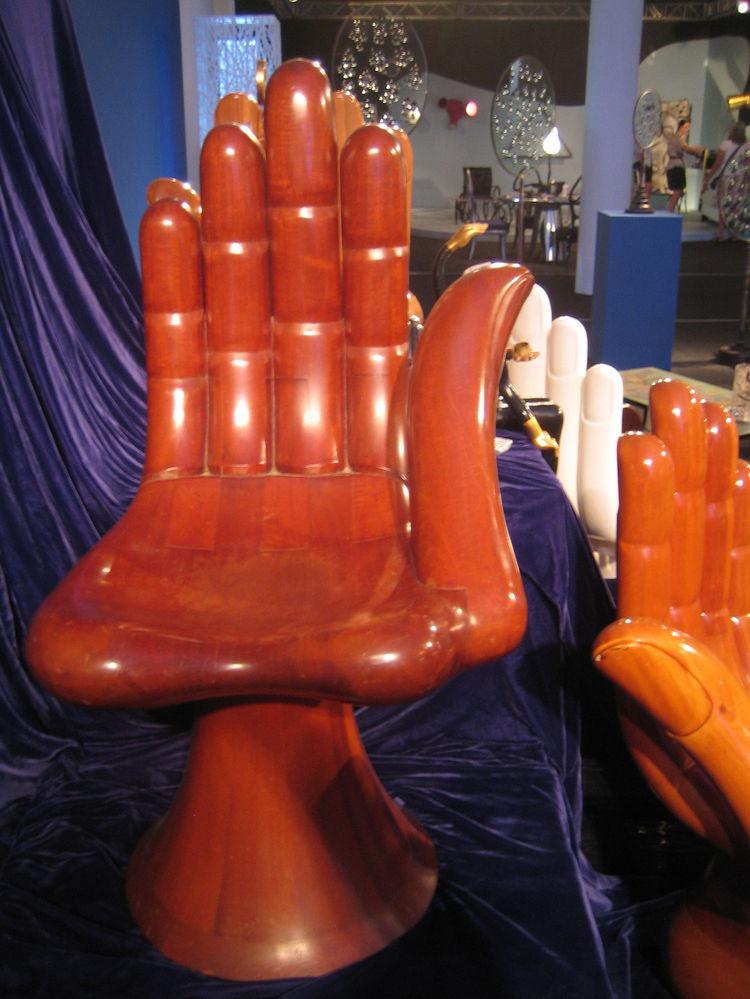 Though I don't have any Pink Floyd posters in my house, I do have a soft spot for these hand chairs from Pedro Friedenberg. Fittingly, Friendeberg's other work is as a surrealist painter and architect. I don't believe that this palm seat was made of palm
